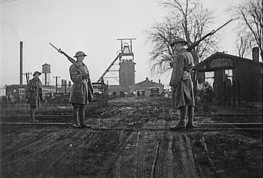 National guard posted outside a mine in Kincaid, IL.  Governor Horner's decision to send in troops ultimately played in favor of John L. Lewis and the Peabody Coal Company.